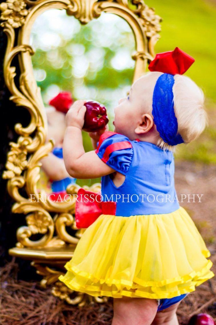 Snow White First Birthday Photo Shoot Baby Girl Birthday Ideas