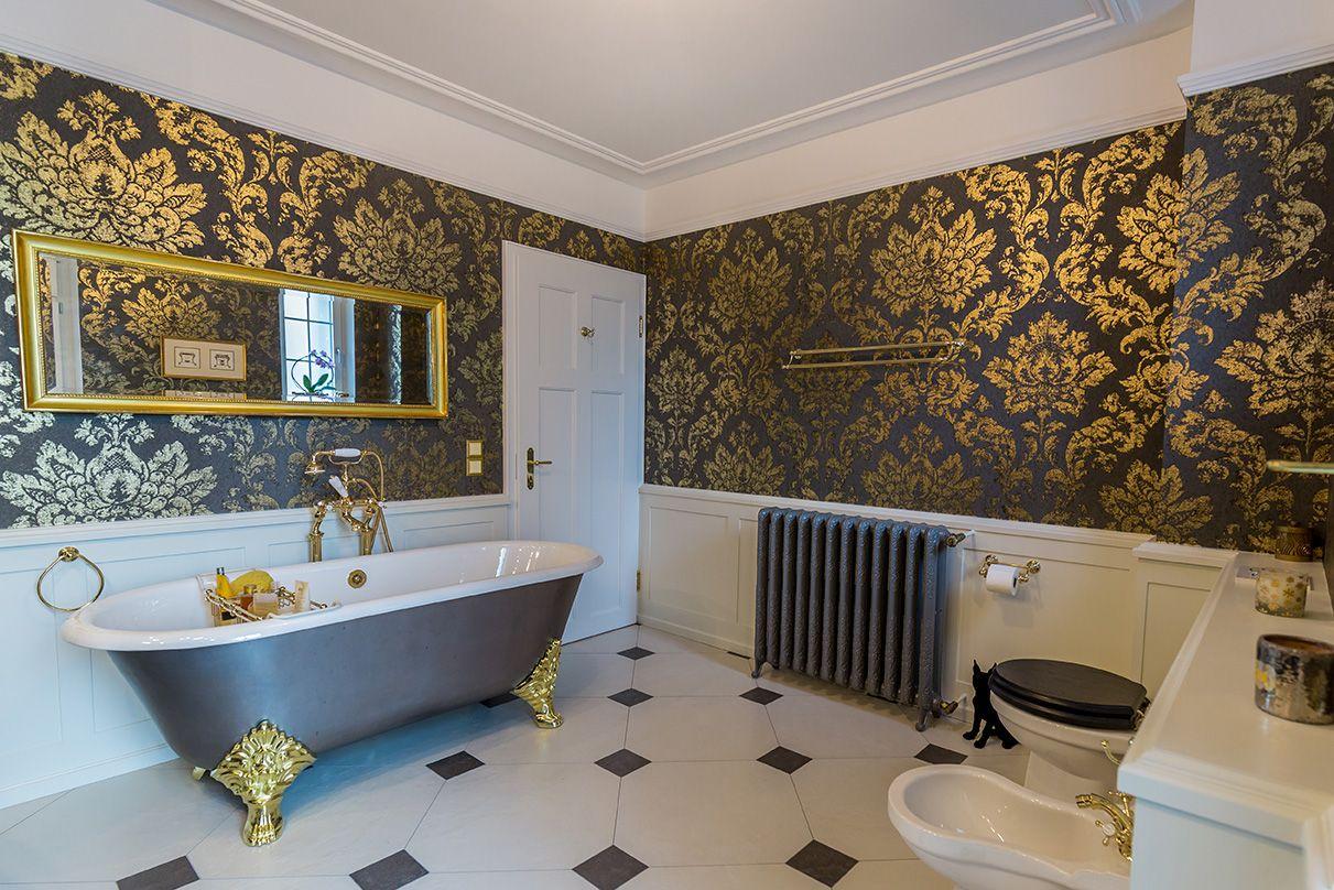 badezimmereinrichtung im klassisch viktorianischen stil