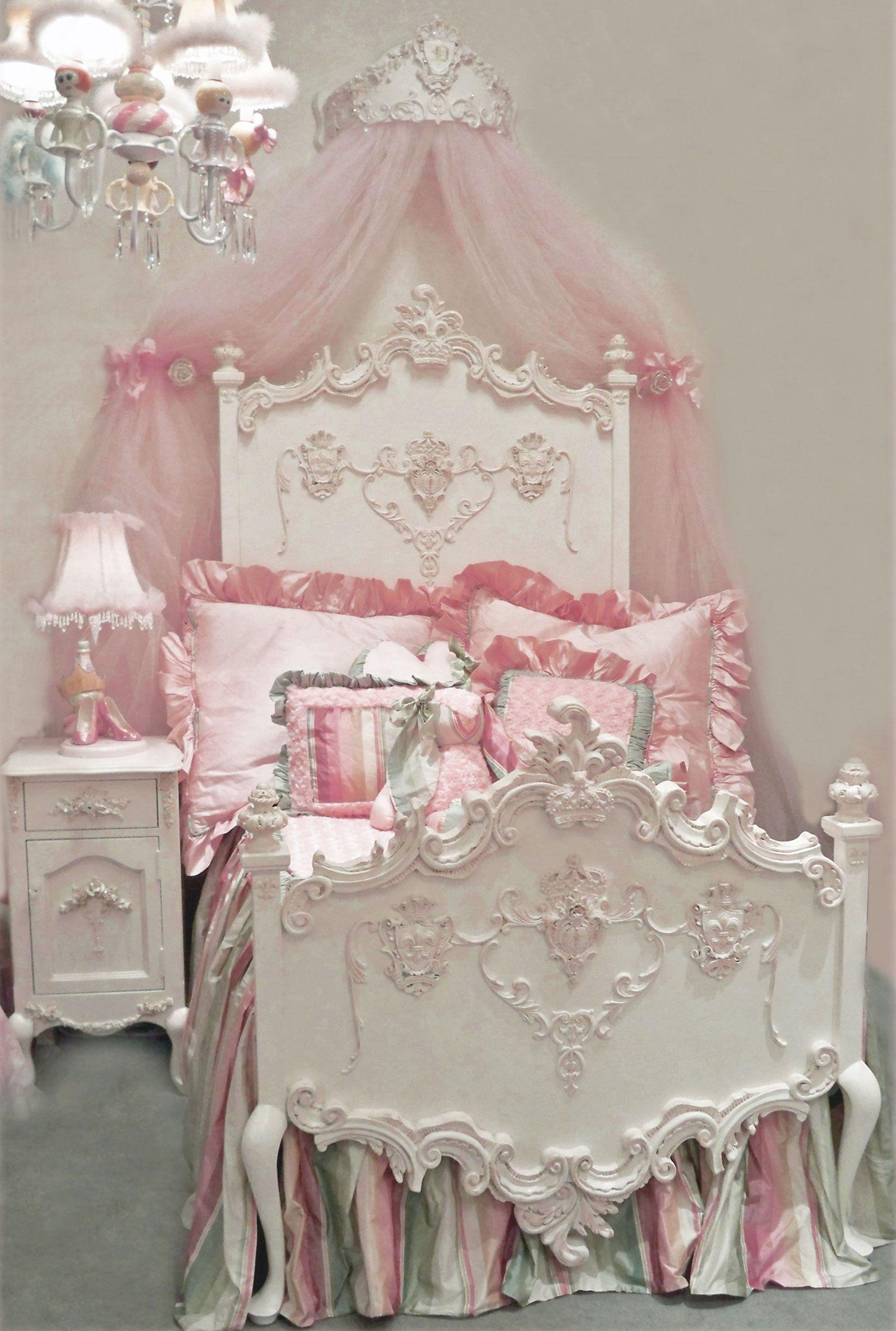 Florentina Princess Bed by Villa Bella