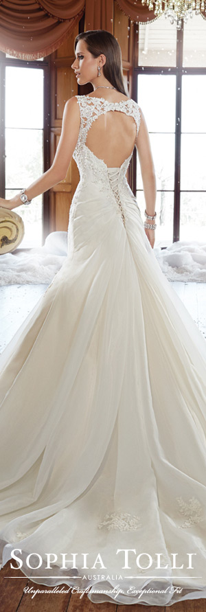 The Sophia Tolli Fall 2015 Wedding Dress Collection - Style No. Y21513 www.sophiatolli.com #weddingdresses #weddinggowns