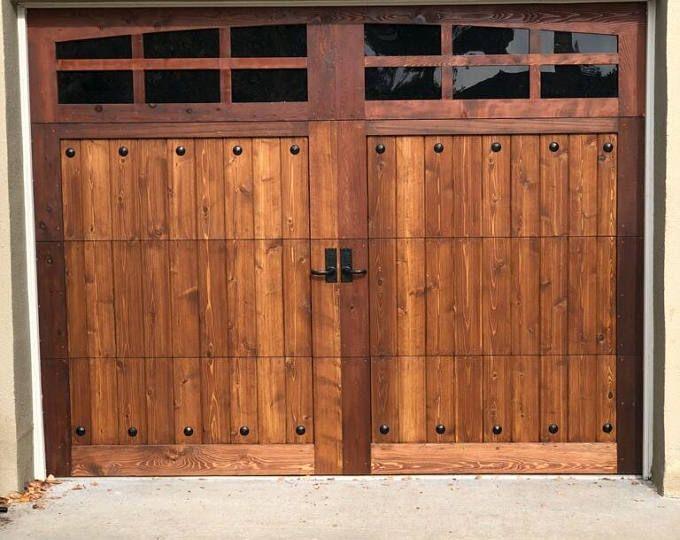 Pin By Paulanne Walker Stone On Hogar In 2020 Wooden Garage Doors Wood Garage Doors Wooden Garage