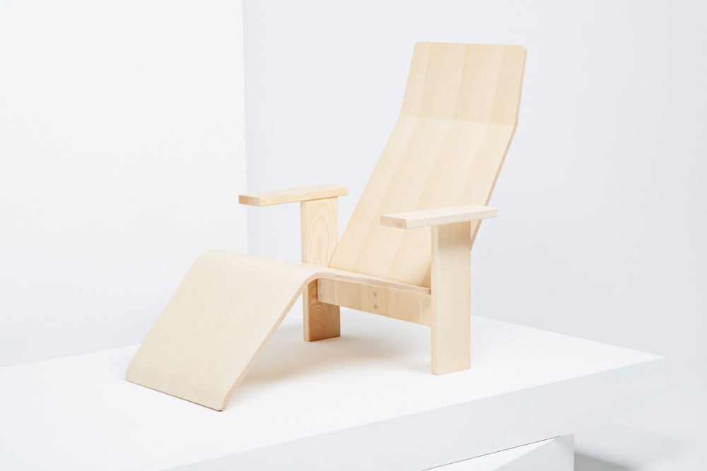 Bouroullec Brothers Design Minimal Ash Wood Chaise Lounge For Mattiazzi Outdoor Furniture Design Milan Furniture Chaise Lounge Indoor
