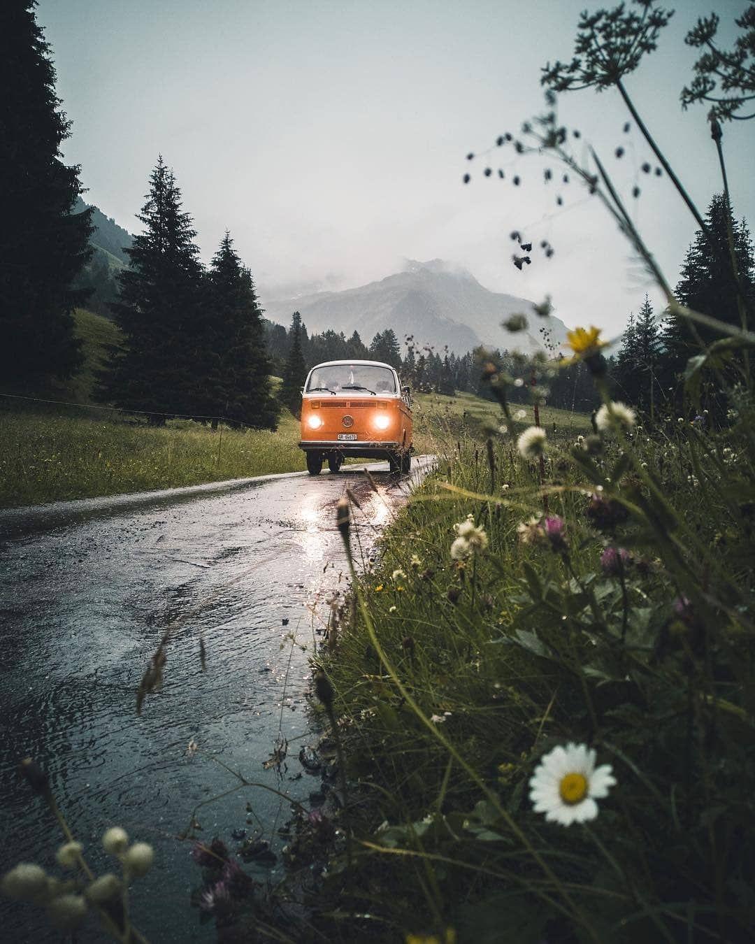 C'est L'incertitude Qui Nous Charme. Tout Devient Merveilleux Dans La Brume : c'est, l'incertitude, charme., devient, merveilleux, brume, C'est, L'incertitude, Charme., Devient, Merveilleux, Brume., Oscar, Wilde., Regram, @kitkat_ch, Com…, Snowy, Weather,, Wonderful, Places,