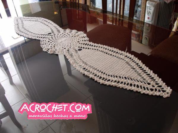 Camino de mesa crochet pinterest caminos de mesa for Como hacer caminos de mesa modernos