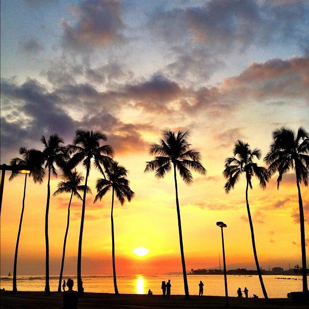 Island Beach Sunset: Sunset From Magic Island In Honolulu. #Hawaii #Oahu