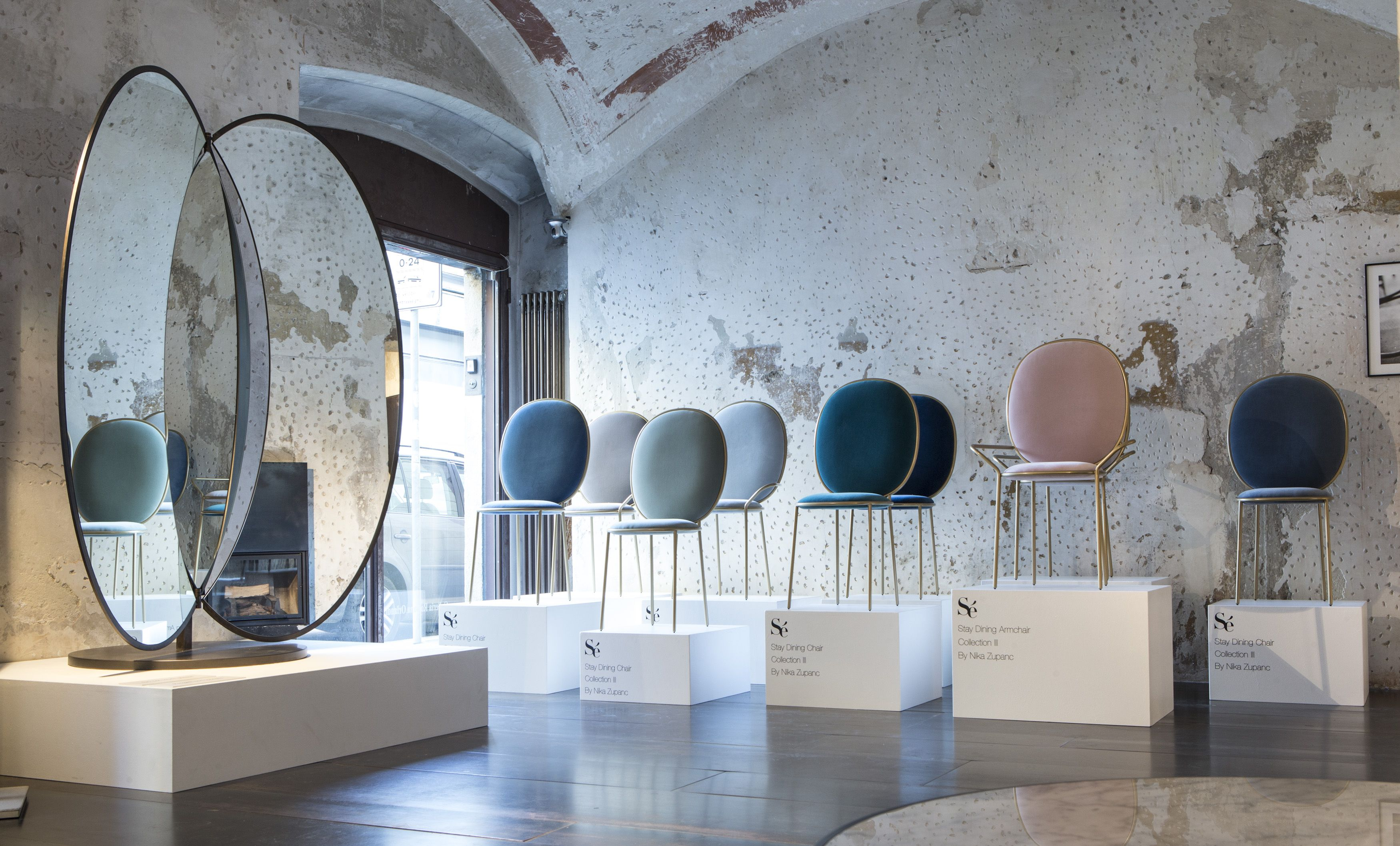 Olympia Freestanding Mirror, Stay Chairs   Sé At Spazio Rossana Orlandi,  Milan 2015