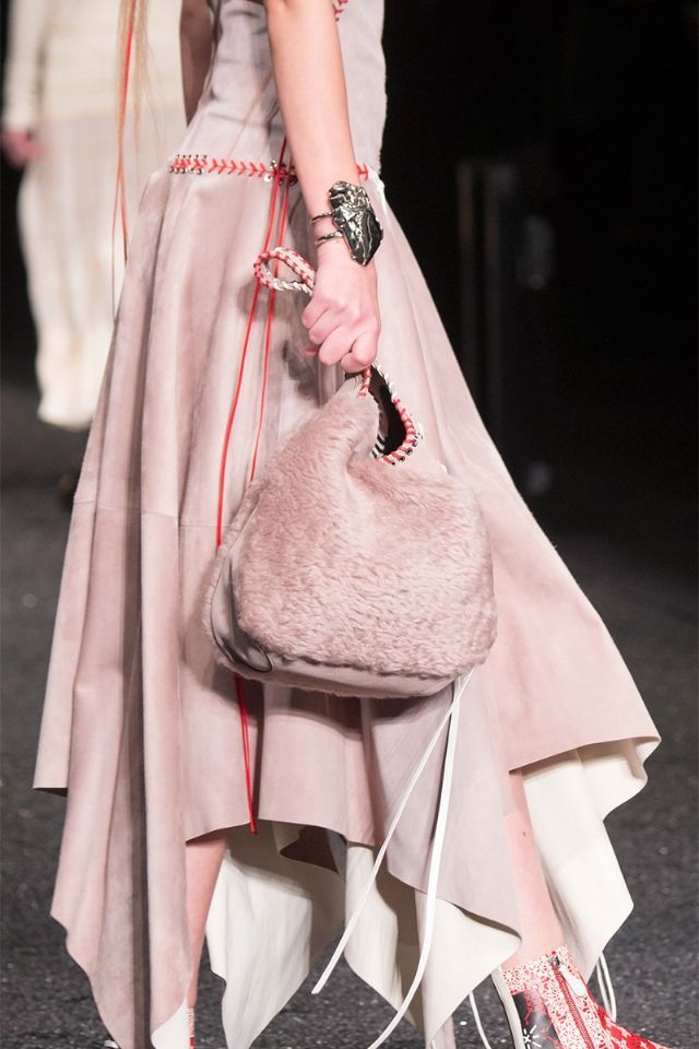 0c9938346f Bag and Purse Trends Fall 2017 - Runway Bags Fall 2017