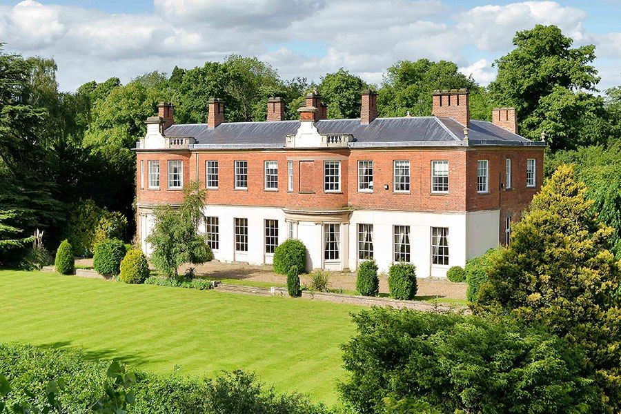 4 2 Million Located Amid The Green Pastures Of English Countryside Quorn House Seems