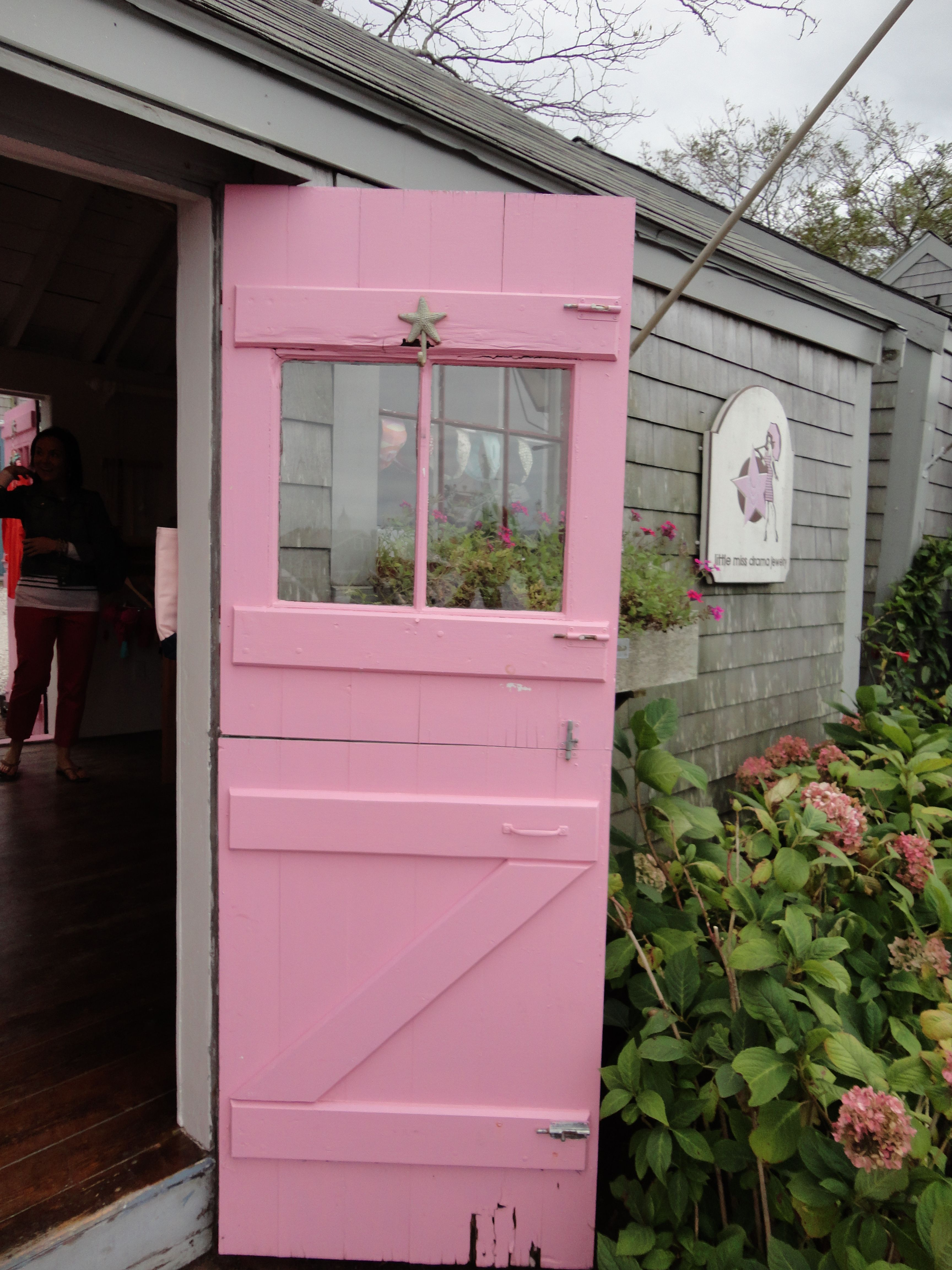 A pink door by the sea in #Nantucket | Pretty in Pink | Pinterest ...