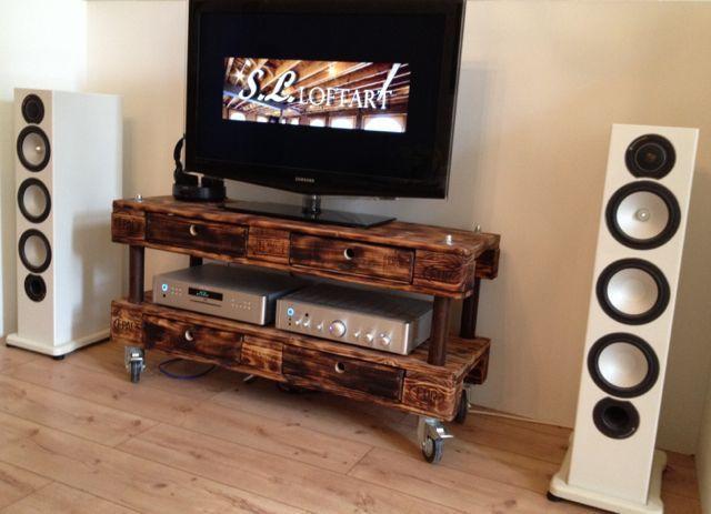 Palettenmobel Tv Hi Fi Tisch Braun Geflammt Upcycl From S L Loftart