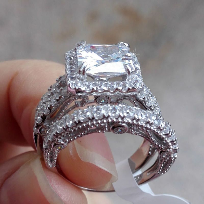 2.80 ct Sterling Silver Round Shaped CZ Halo Engagement and Wedding Ring Set