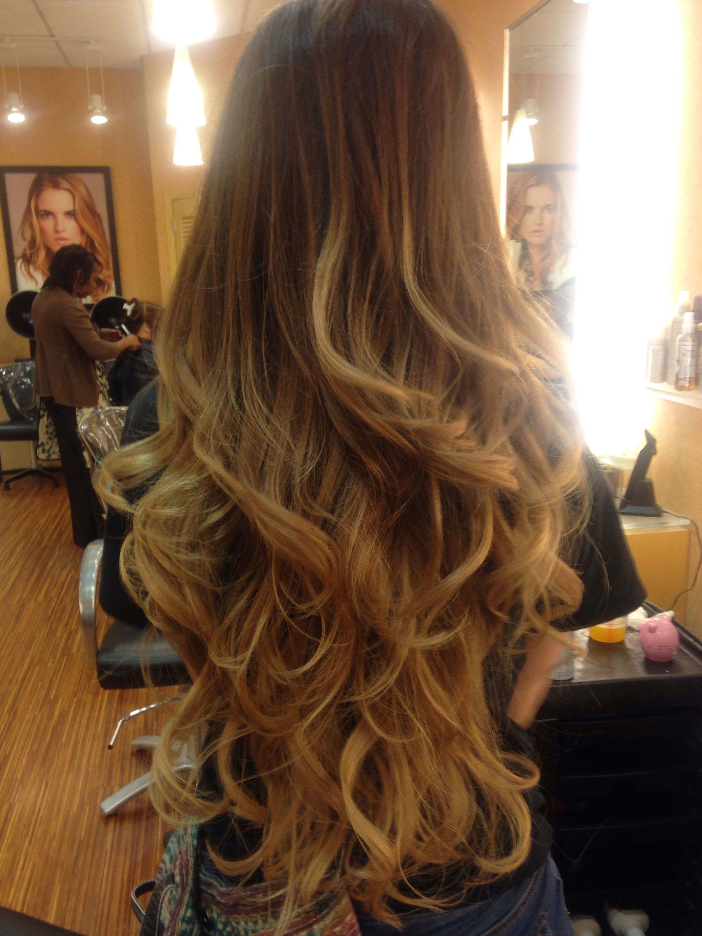 Ombre I did on a client with VERY long hair. Used a 6M in ... - photo#45