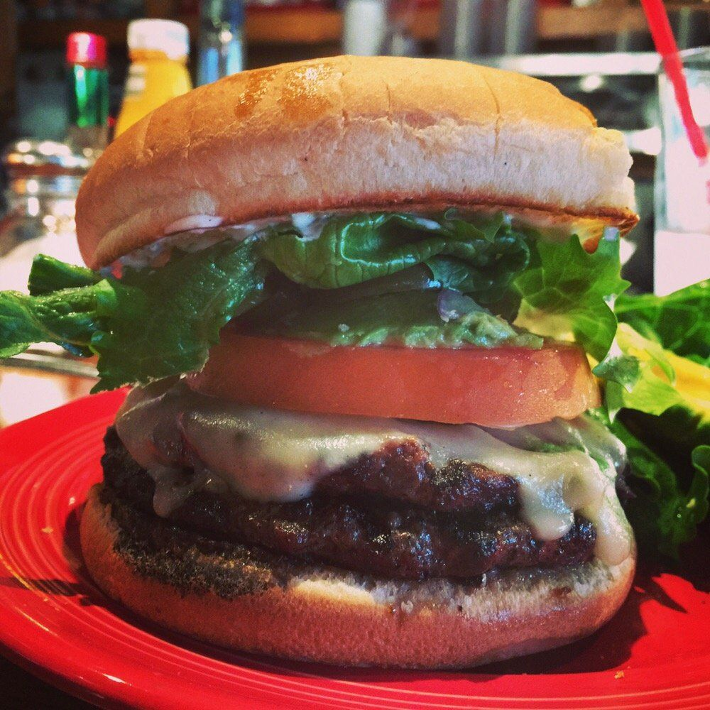 Sparky S Giant Burgers Photos Oakland Food Food Spot Food