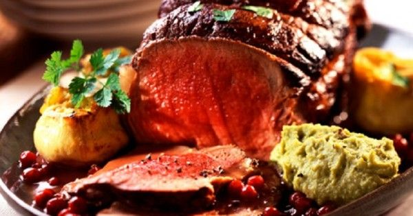 Top 10 Recipes For An Amazing Christmas Dinner Top Inspired Christmas Food Dinner Roast Beef Christmas Dinner Christmas Beef Recipes