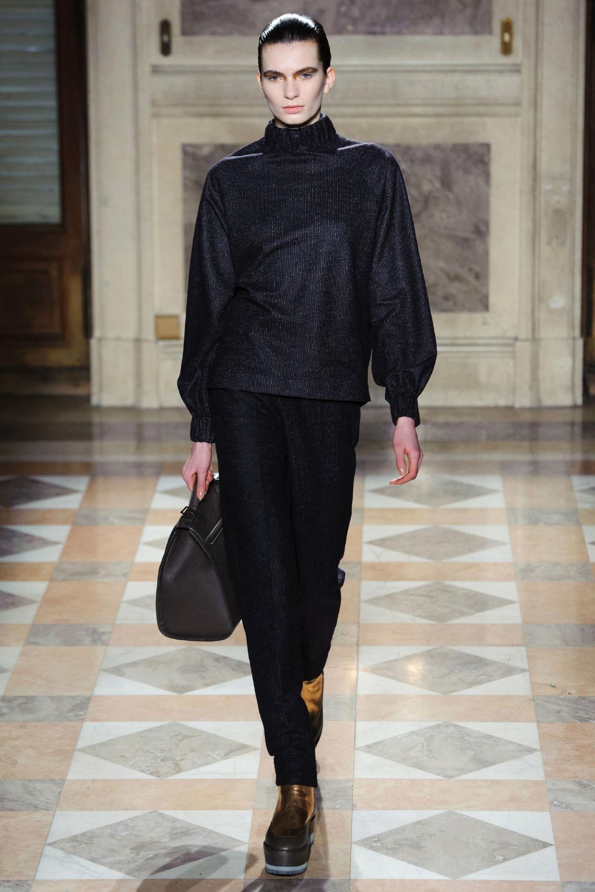 Damir Doma Fall 2013 RTW Collection - Fashion on TheCut