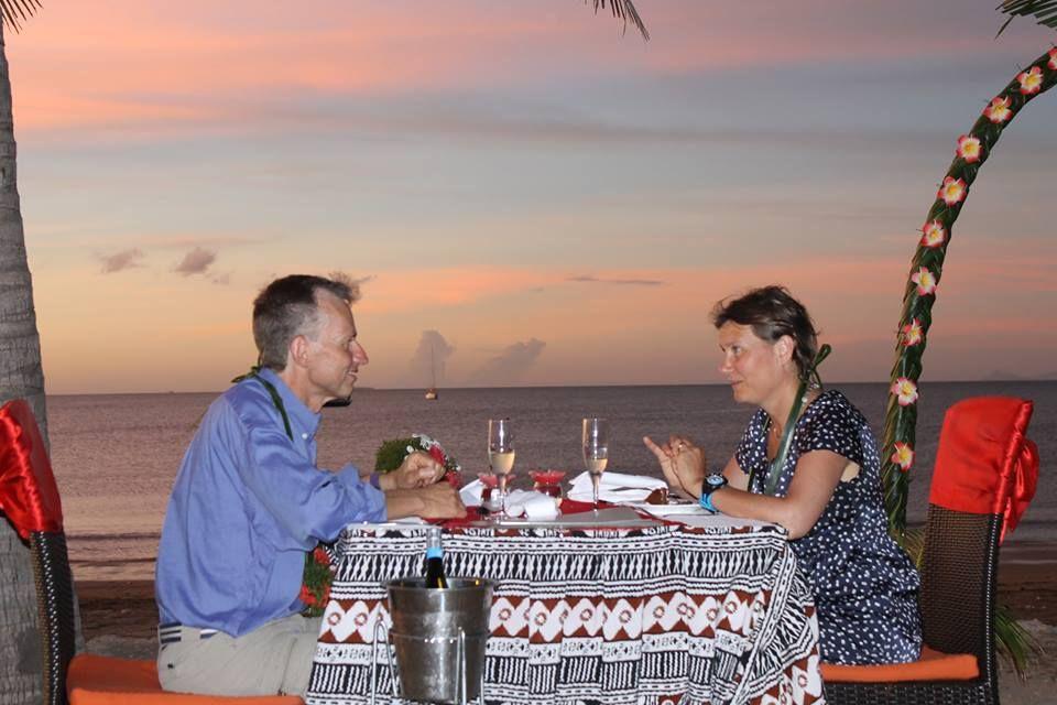 Romantic sunset dinner @ #smugglerscovefiji