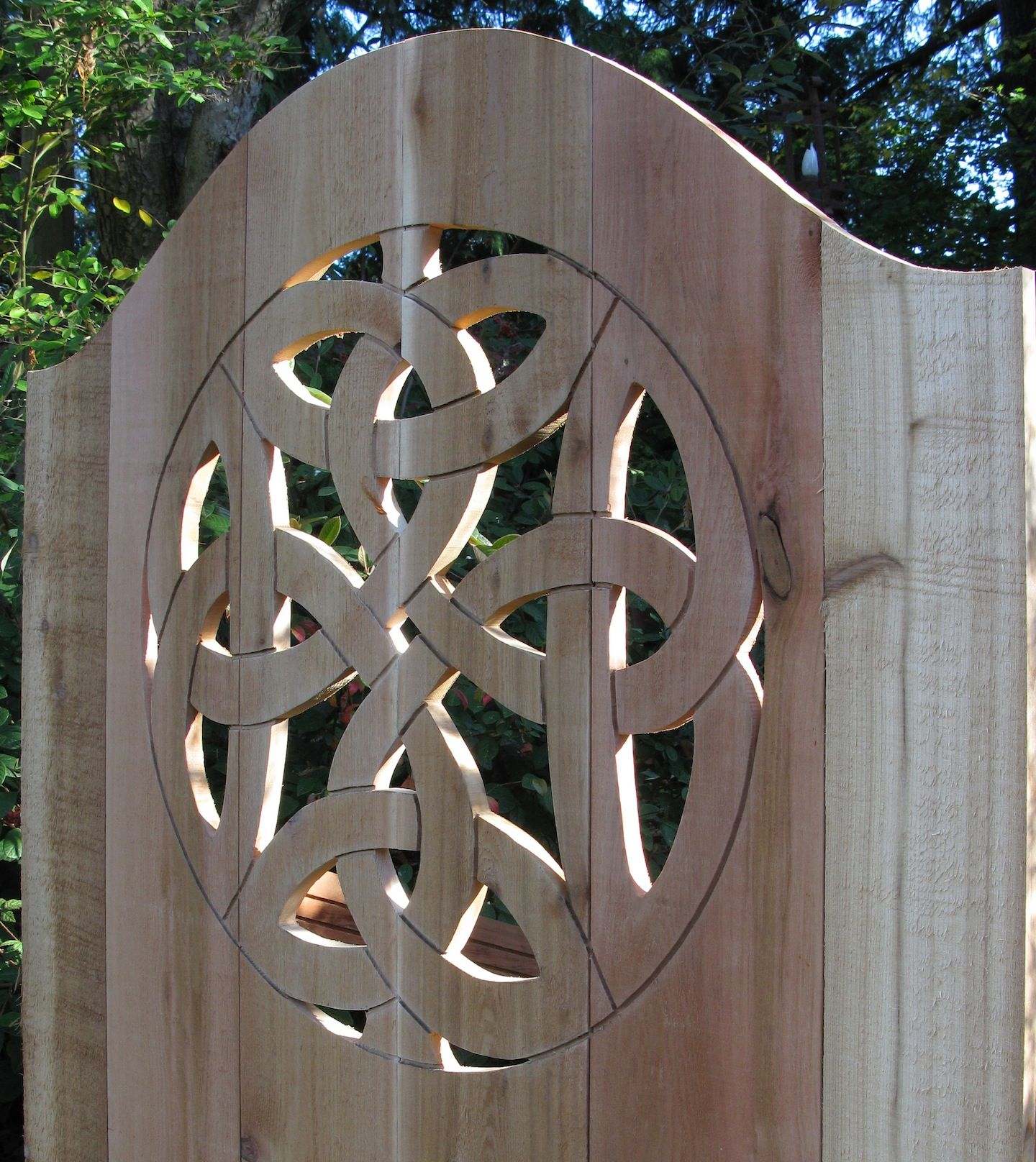 Hobbit gateway and celtic knots landscaping u gardening