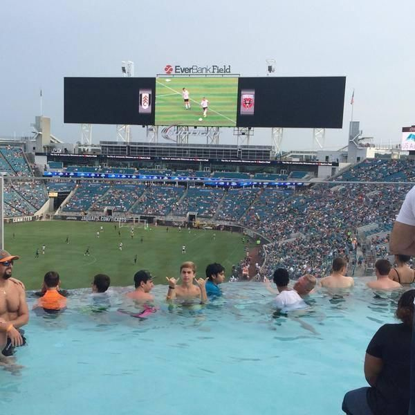 This Is From The Jacksonville Jaguars Nfl Pool At Their Stadium Everbank Field Pretty Amazing Stuff Jacksonville Jaguars Jacksonville Jaguars Stadium Jaguars
