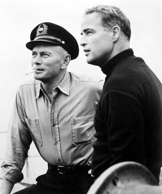 Yul Brynner with Marlon Brando in Morituri directed by Bernhard Wicki, 1965