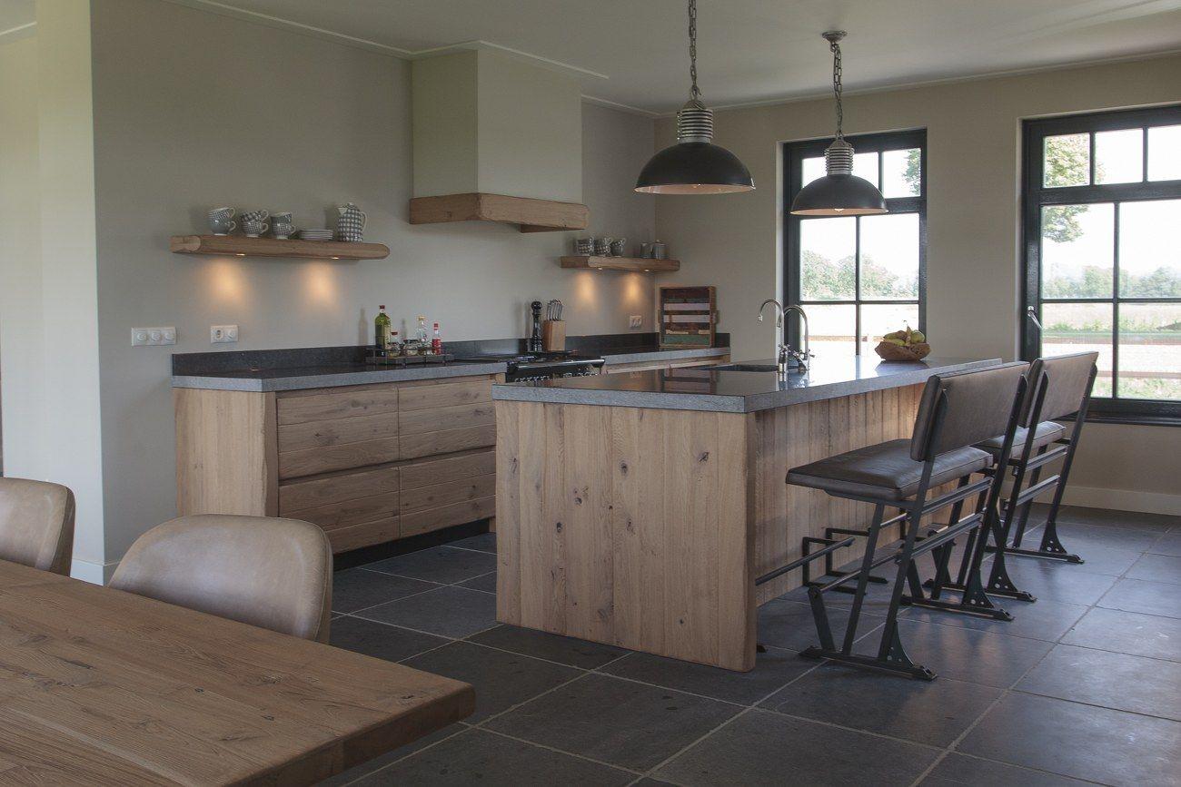 De Eikenhouten Keuken : Thijs van de wouw keukens houten keuken in stijl dwell