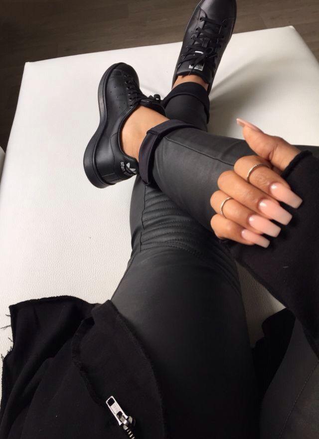 adidas superstar black ladies