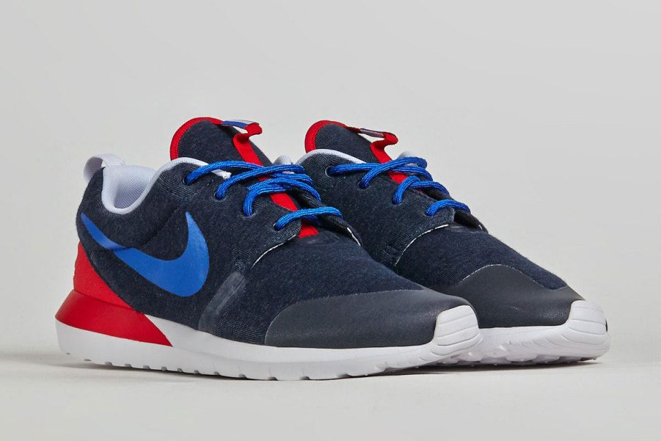 Nike Roshe Run Print Floral Women Shoes Red/Blue/Green/Gold/White | Women  Floral Shoes | Pinterest | Roshe, Nike roshe and Blue green
