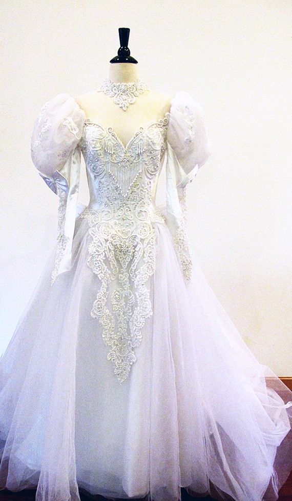 Bridal gown / Etsy Weddings / Tulle and Lace by StraylightVintage ...