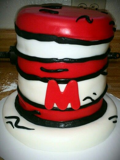 Dr. Seuss cake by Alexis Aulds