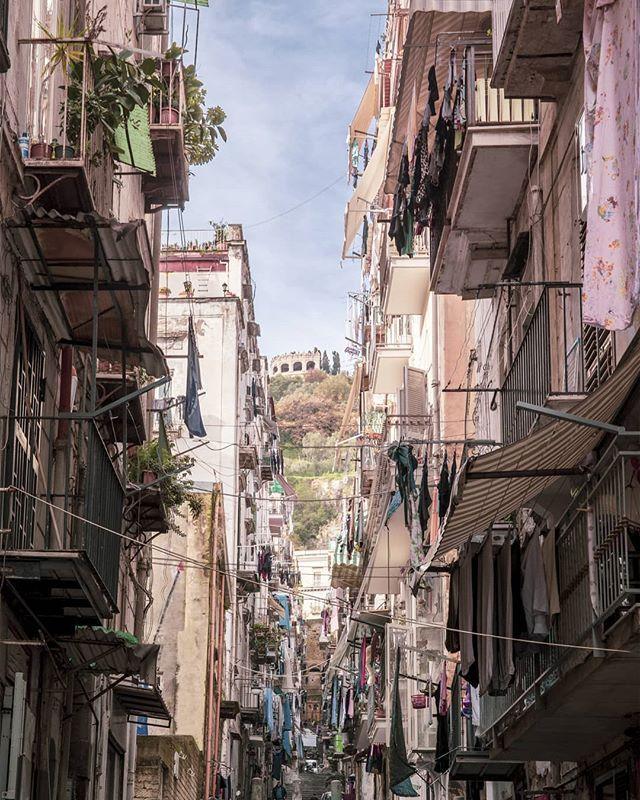 Napoli Quartieri Malfamati