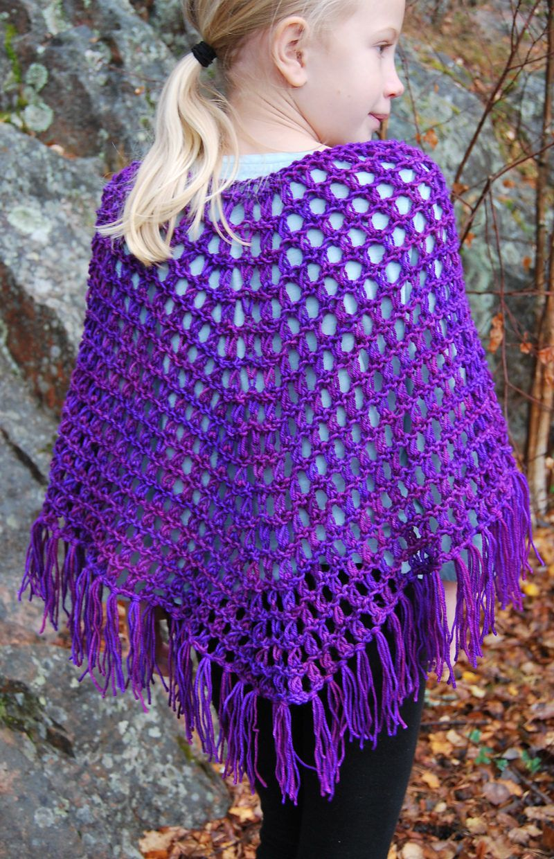 Free Knitting Pattern for Easy 4-Row Repeat Perfect Poncho - Easy ...