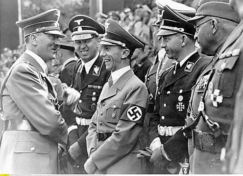 hitler-goebbels-1938 ile ilgili görsel sonucu