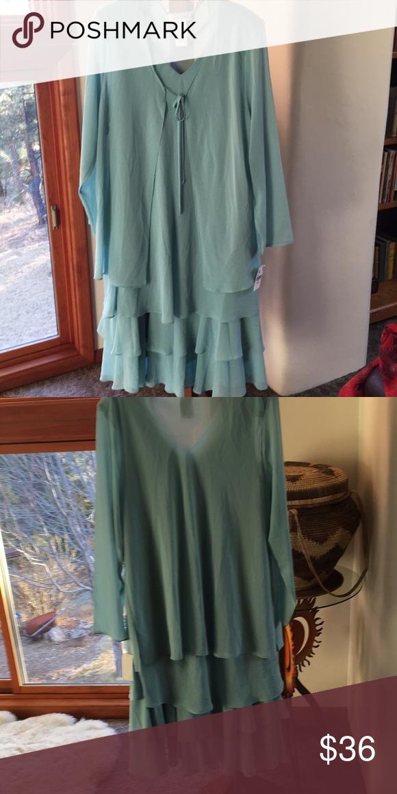 038e35244c6 Drapers and Damon s dress