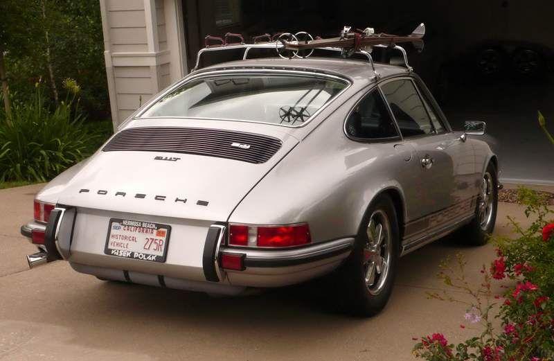 I Ll Settle For A Ski Rack On The Roof Ski Rack Classic Porsche Porsche