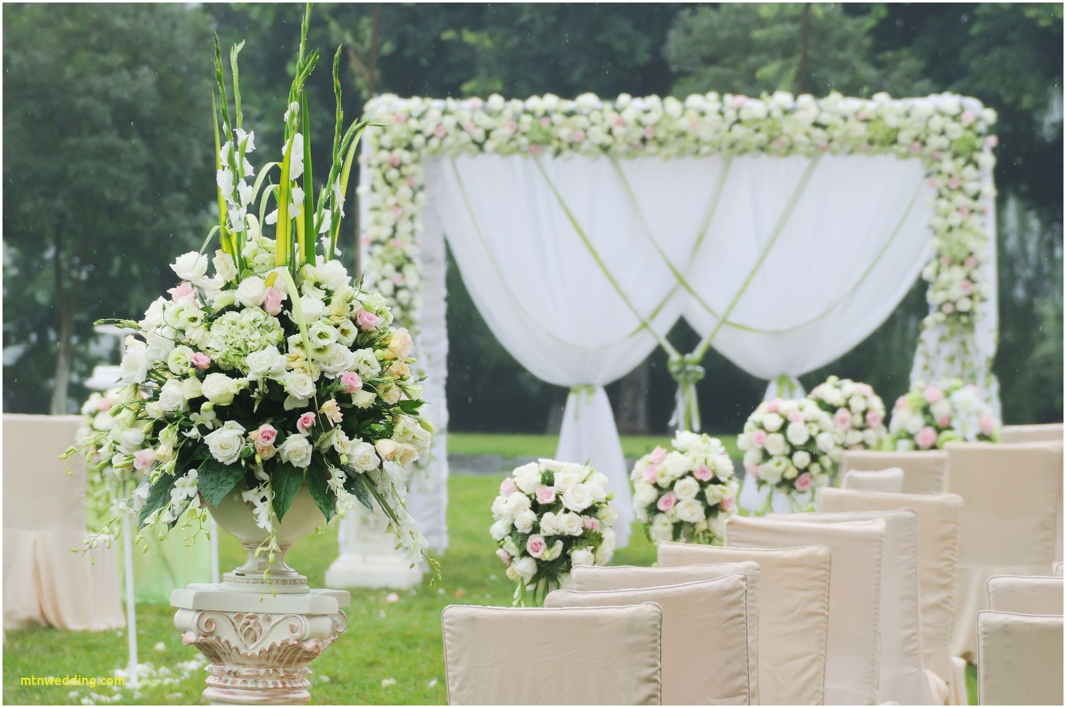 Comfort beach wedding arch decoration ideas