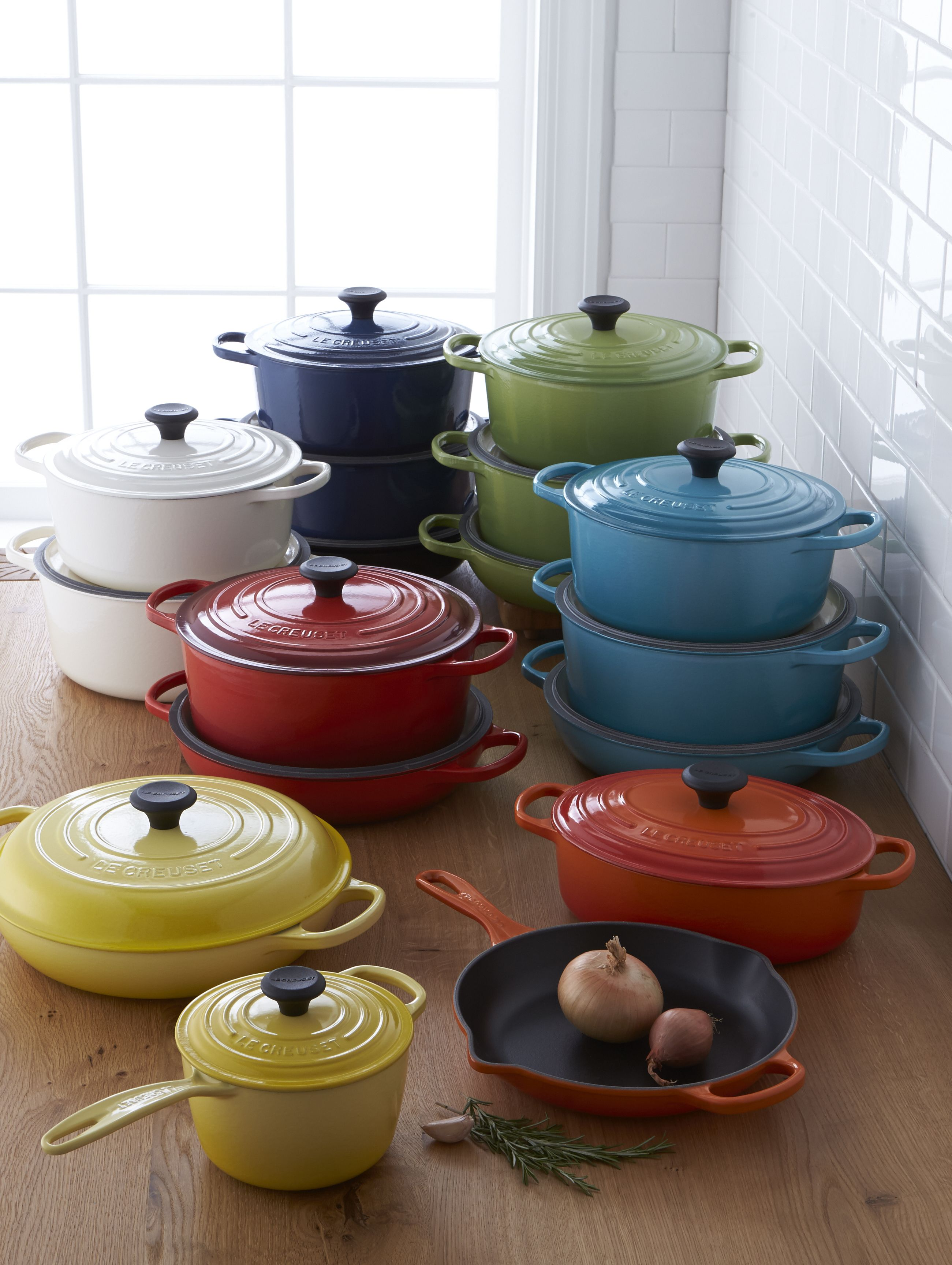 Enameled Cast Iron Le Creuset And More Gourmet Cookware Le Creuset Cookware Creuset