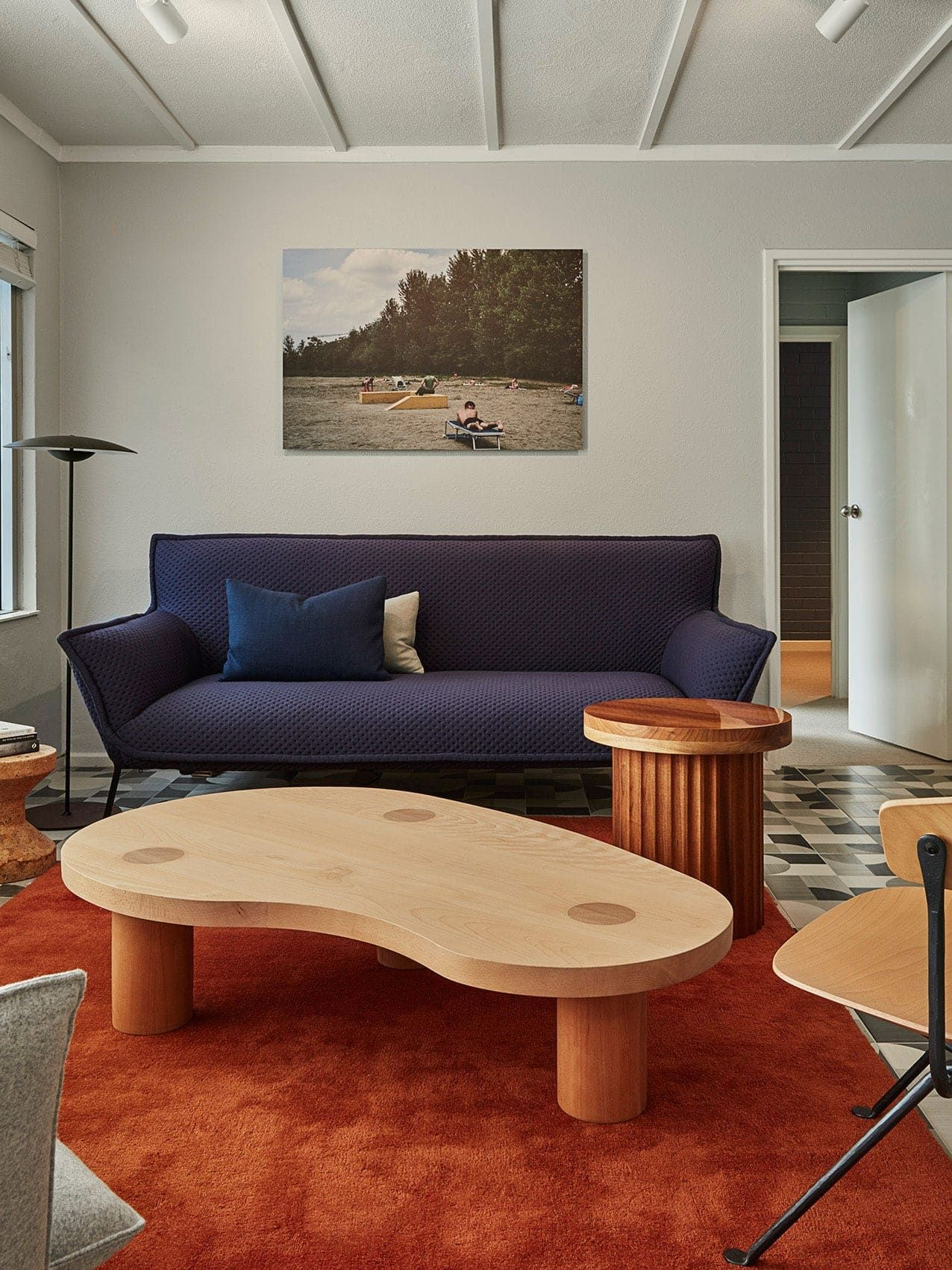 Bobby on a Budget: Sculptural Modern Living Rooms (And How ...