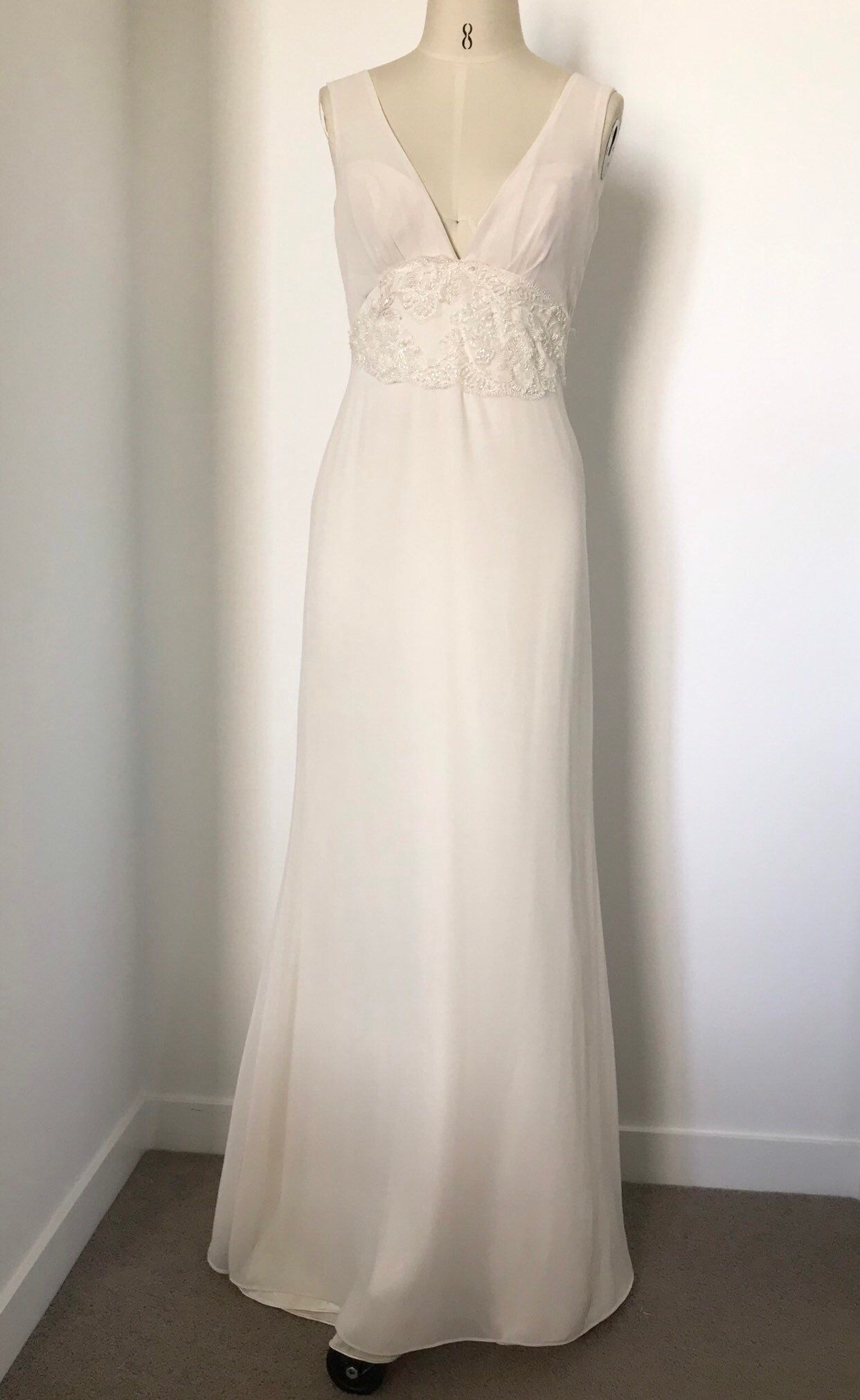 75f83c1629 67 Simple Wedding Dresses Perfect for a Minimalist | Brides