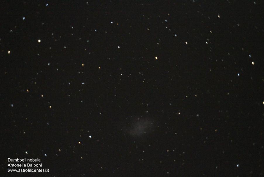 Dumbbell nebula  a fuoco diretto  con canon eos 1200D e telescopio Celestro CPC 400 - 26 febbraio 2015