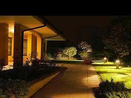 Illuminare il giardino in modo funzionale e creando - Illuminare il giardino ...