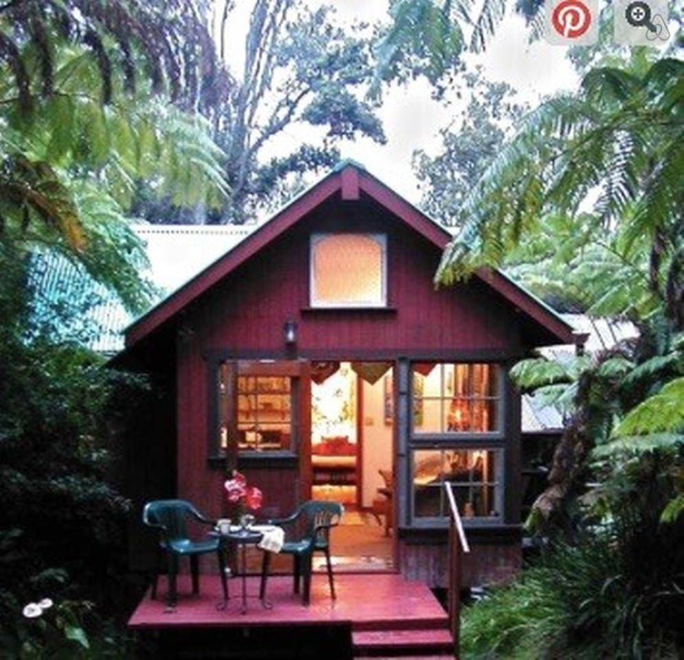romantic cottage with hot tub gotta have a romantic night in a rh pinterest co uk