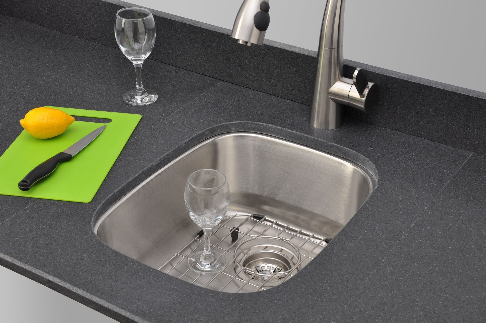 Craftsmen Series 1525 x 19 Bar Sink