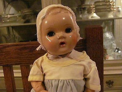 Sweet-Little-Doll-Vintage-Sun-Rubber-Barberton-O-Pat-2118682-Pat-2160739