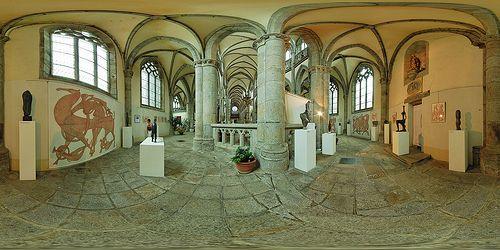 Déambulatoire de l'église Notre-Dame-des-Champs d'Avranches  -  France © Pascal Moulin