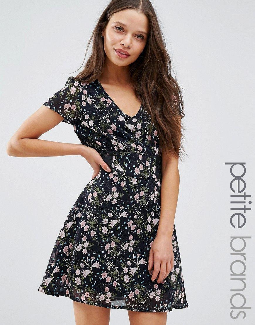 Yumi Petite - Kleid mit Spitzeneinsatz - Schwarz   Kleider   Pinterest 82d07229ef
