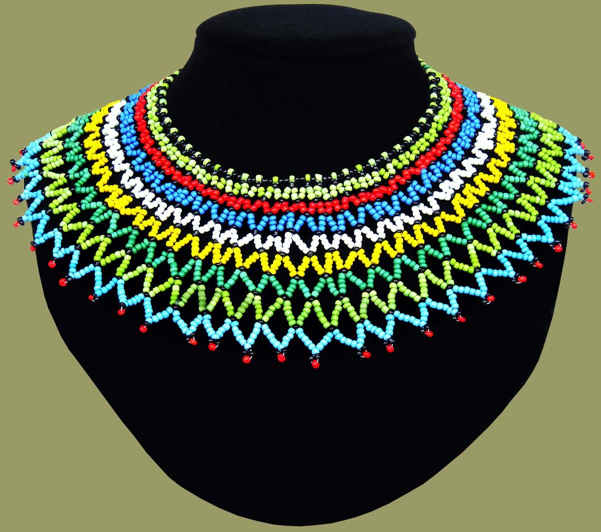 Traditional african beadwork necklaces beaded necklaces for How to make african jewelry crafts