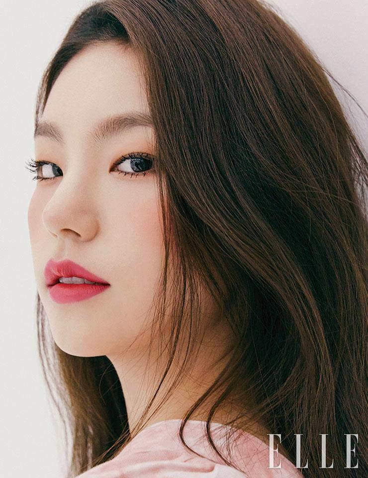 ITZY Yeji - ELLE Korea Magazine (April 2020 Issue)