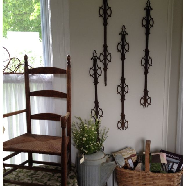Fence Display Ideas: Old Iron Fence Pickets Make A Graphic Wall Display Www