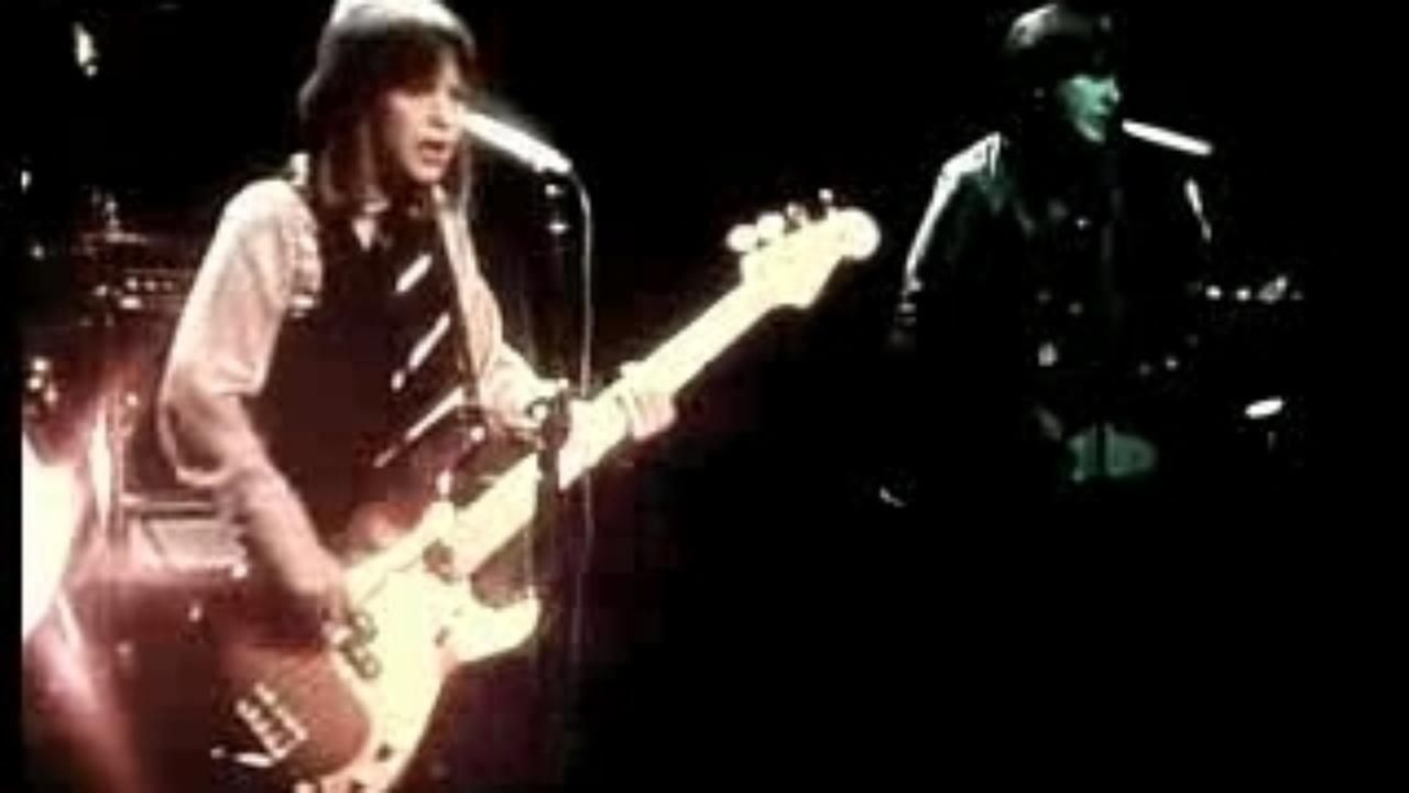 Suzi Quatro If You Can T Give Me Love 1978 Video Dailymotion Give It To Me Canning Love
