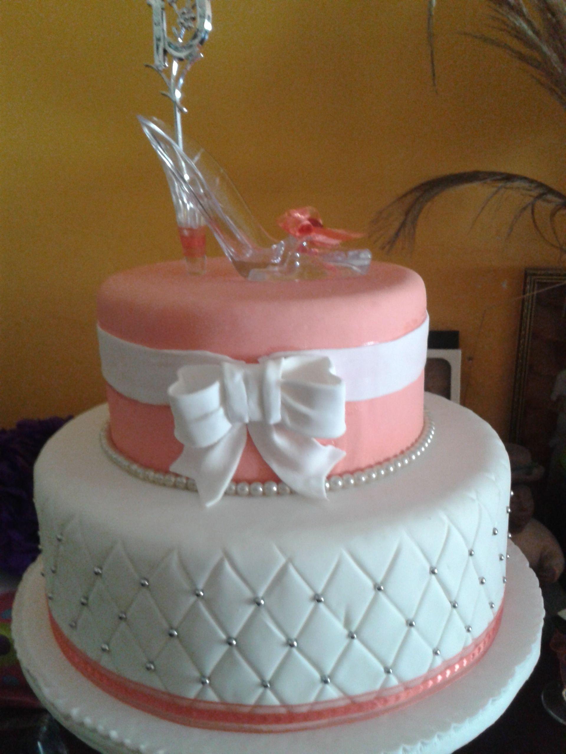 Torta de 15 a os color coral ideas para el hogar cake quinceanera cakes y birthday cake - Ideas fiesta inauguracion piso ...
