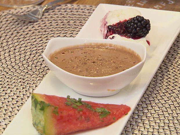 Belgisches Mousse au chocolat (Familienrezept) und Baiser Parfait mit Brombeeren #brombeerenrezepte